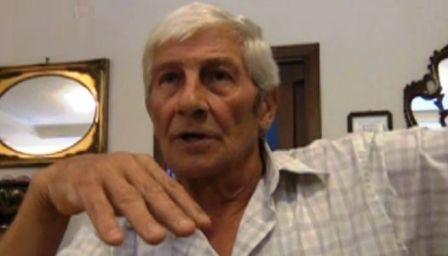 E' morto Carmine Schiavone, ex boss della Camorra. Era un criminale assassino, ma almeno lui lo scandalo della Terra dei Fuochi lo aveva denunciato, non come i nostri politici che lo hanno insabbiato per 20 anni sulla pelle della gente che ci è crepata !!