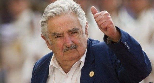 """Mujica: Bisogna eleggere chi difende le politiche sociali – """"il desiderio di denaro deve stare lontano da chi aspira al potere"""""""