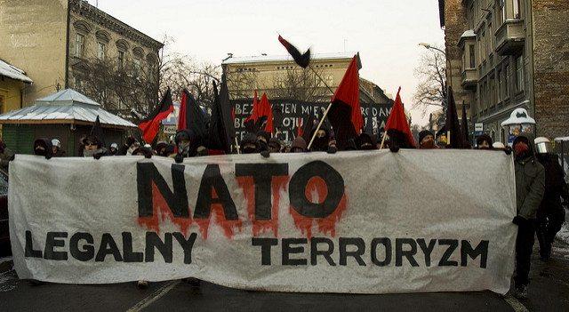 Dieci cose che devi sapere sulla NATO e perché l'Italia non dovrebbe assolutamente far parte di questa associazione a delinquere!