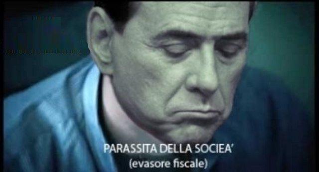 Di Maio è una nullità assoluta: lo ha detto Silvio Berlusconi, noto puttaniere, condannato per frode fiscale in via definitiva e amico di Dell'Utri, condannato perchè gli faceva da tramite con la mafia!