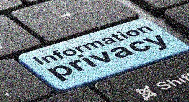 Incredibile – Forse non lo sapete, ma il Governo ha deciso di regalare i nostri dati personali, in particolar modo quelli sanitari, alle Multinazionali. Il tutto a nostra insaputa, senza avvertirci e senza consenso!