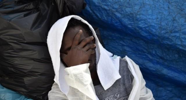 Migrante incinta e malata terminale, respinta alla frontiera francese. A Torino la curano, ma muore dopo il parto. Questo per confermare perché i francesi riescono a starmi così tanto sui coglioni!
