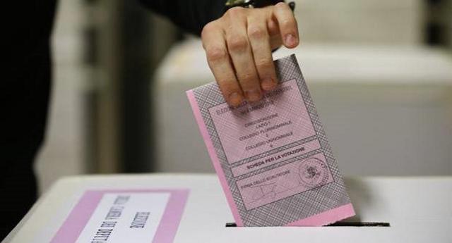 Elezioni 2018 i primi Exit Poll: come previsto i 5stelle hanno stravinto. Ma soprattutto ha vinto la legge elettorale truffa voluta da Renzi, Berlusconi & C. per annullare la volontà degli Italiani e non consentire ai 5stelle di governare!