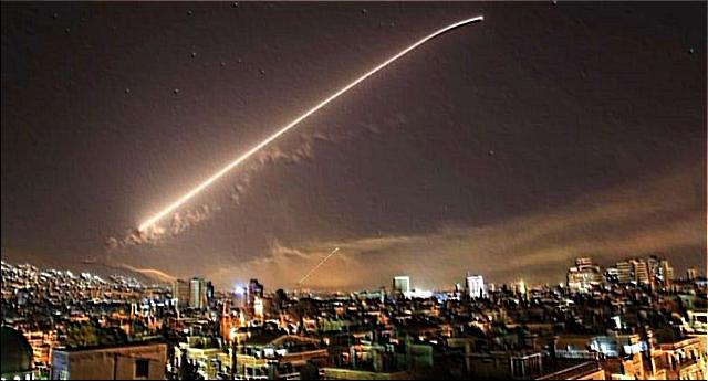 Le prove non ci sono, ma Trump & C. sparano lo stesso… Però i terroristi sono loro che si fanno esplodere al centro di Parigi o contro le Torri…!