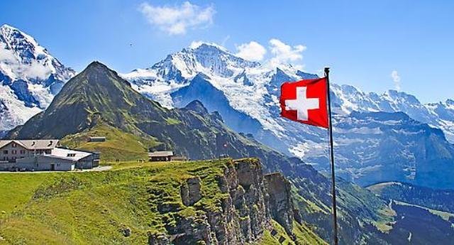 Italia, cambiano i confini: così Francia e Svizzera ci stanno fregando un pezzetto di Paese alla volta!