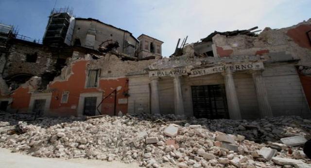 """Alla vigilia dell'anniversario del sisma che il 6 aprile 2009 devastò L'Aquila, un sentito messaggio di solidarietà arriva dall'Unione Europea: Restituzione Immediata delle tasse sospese ai terremotati, pena la procedura d'infrazione per """"aiuti di Stato""""…!"""