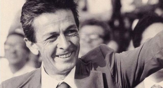 """Una storica intervista del 1981 ad un grande Berlinguer, che già aveva capito tutto """"I PARTITI SONO DIVENTATI MACCHINE DI POTERE"""""""