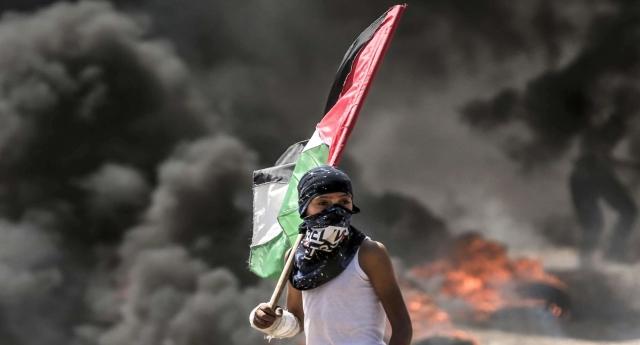 """La strana guerra di Gaza dove si muore solo da una parte …ma i media di regime continuano a parlare di """"scontri"""" invece di usare termini più appropriati come """"mattanza"""", """"strage"""", """"genocidio""""…!"""