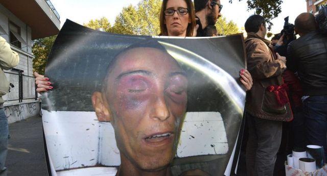 """Il caso di Stefano Cucchi, dopo 9 anni comincia ad uscire fuori la verità: il Carabiniere che ha fatto riaprire il caso: """"I Colleghi l'hanno MASSACRATO""""…!!!"""