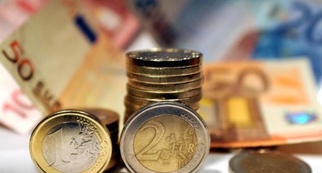 """Le parole dell'economista francese, Jacques Mazier: """"L'Euro arricchisce Berlino. Se l'Italia forza la mano sarà punita a colpi di spread"""""""