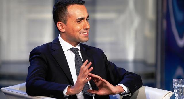 """Luigi Di Maio sulle pensioni: """"Aumentiamo le minime tagliando quelle d'oro"""" – """"Percepire una pensione da 20.000 euro, se non hai versato i contributi, non è un diritto acquisito, è un privilegio rubato"""""""
