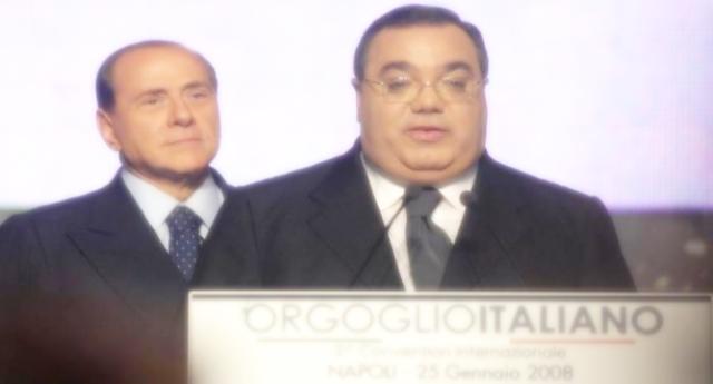 Un'altro grande successo di Silvio Berlusconi – Vi ricordate la compravendita di Senatori? Reato prescritto! Insomma, ha visto più processi di Biscardi, ma ce l'ha messo a quel posto a tutti (o almeno alla Gente onesta)…!