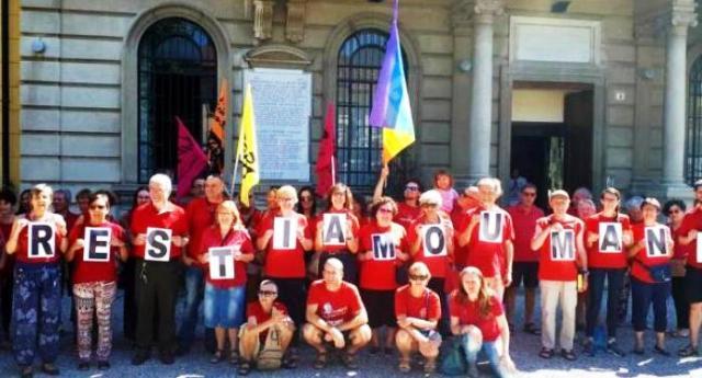 """Salvini deride pure i bambini affogati in mare: """"Che peccato, in casa non ho trovato neanche una maglietta rossa da esibire oggi…"""" – Sveglia Gente, siamo ITALIANI, non le merde in cui ci vuole trasformare quest'individuo!"""