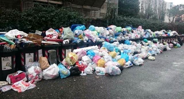 La tassa sui rifiuti è aumentata di oltre il 70% in 7 anni…Vi sentite più puliti o solo più presi per il c…?