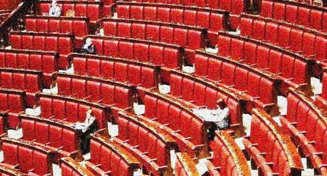 """Dopo il caso Mura, M5S all'attacco: """"Gli altri partiti facciano come noi cacciando i parlamentari assenteisti"""""""