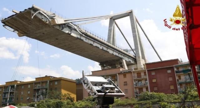 Il Ponte della vergogna: NO indagati, NO dimissioni, NO licenziamenti…!!