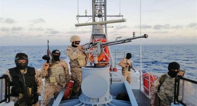 Ma quanto siamo furbi noi Italiani… Regaliamo navi alla Libia per i soccorsi in mare… Ma loro interrompono i soccorsi, lasciano i migranti in mare e usano le navi italiane per la guerra…