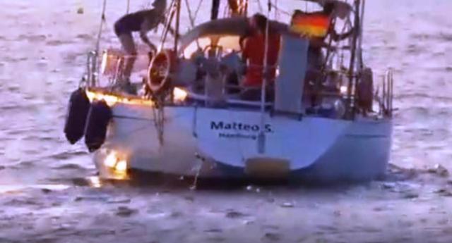 La ong che si prende gioco di Salvini: a Lampedusa spunta la barca Matteo S. che salva i migranti!