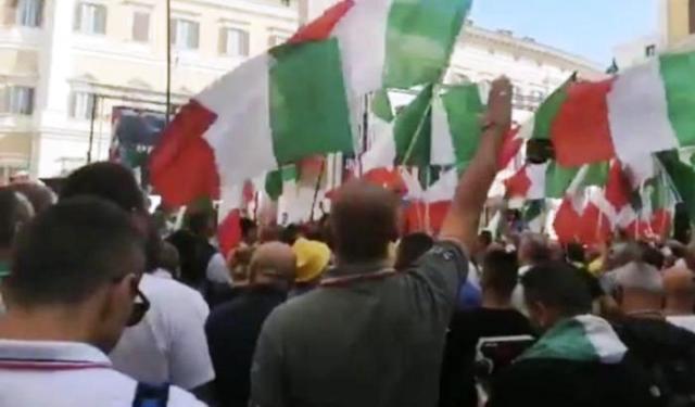 """Mozione Segre contro razzismo e antisemitismo: Fratelli d'Italia dice NO, Salvini balbetta e accampa pretesti """"Chi può giudicare?"""" per no dispiacere i razzisti che lo sostengono… E Voi veramente volete farvi governare da questi fascisti?"""