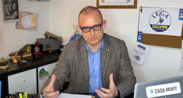 25 aprile – Il consigliere leghista contro i partigiani: fateli festeggiare in piazza, magari si ammalano – Il vergognoso post di Francesco Lasaponara, poi rimosso come da tradizionale vigliaccheria dei fascisti…