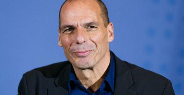 """Voroufakis: """"L'Italia è stata piegata. Accettando il Mes si è condannata alla depressione permanente"""""""
